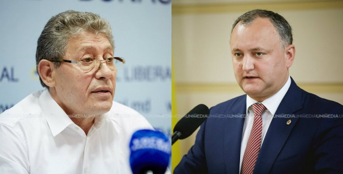 """(video) Ghimpu și Chirtoacă, invitați să fie paznici și măturători în """"Orășelul Victoriei"""""""