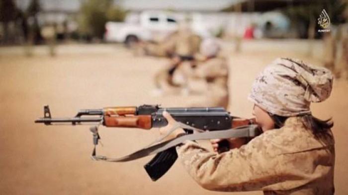 (video) Imagini revoltătoare. Cum sunt antrenați copiii din ISIS într-o tabară specială