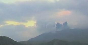 (video) Imagini spectaculoase. Cum erupe un vulcan