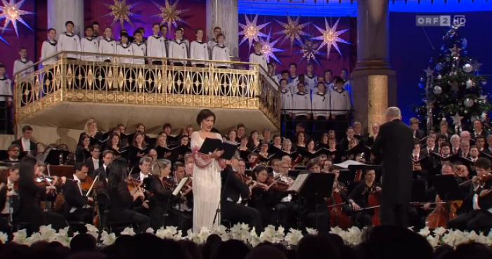 (video) Interpretare de excepție. Valentina Naforniță cântă colinde în limba română la Opera de Stat din Viena