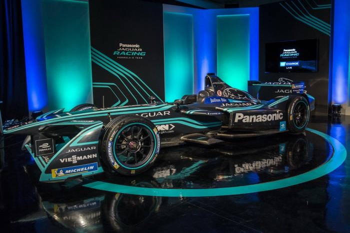 (video) Jaguar a prezentat noul monopost pentru sezonul IV din Formula E, dar şi un pilot nou