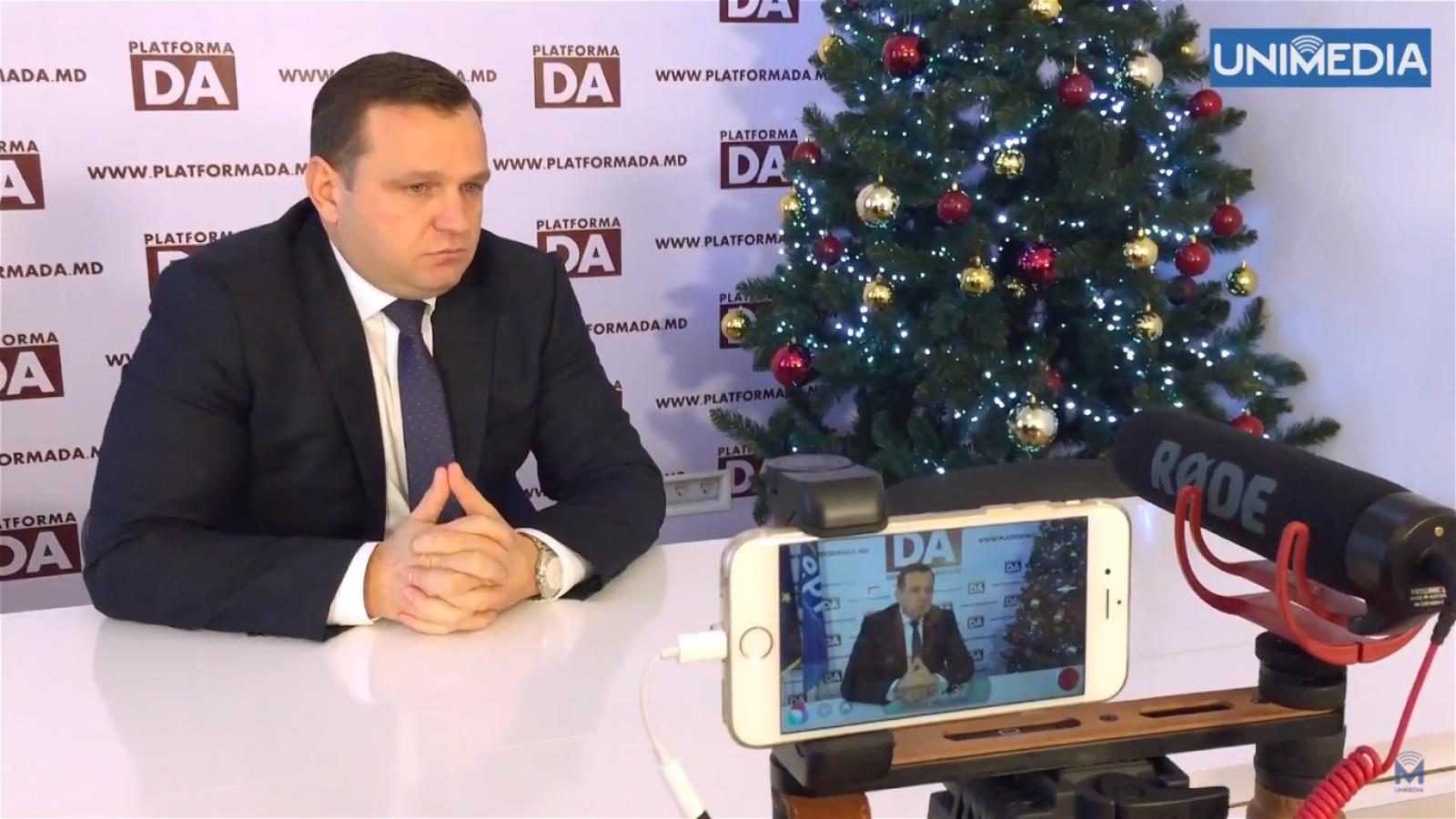 (video #MoJo) Interviu cu liderul PPDA, Andrei Năstase. Despre realizările din 2017, presiuni și mișcările de șah de pe arena politică