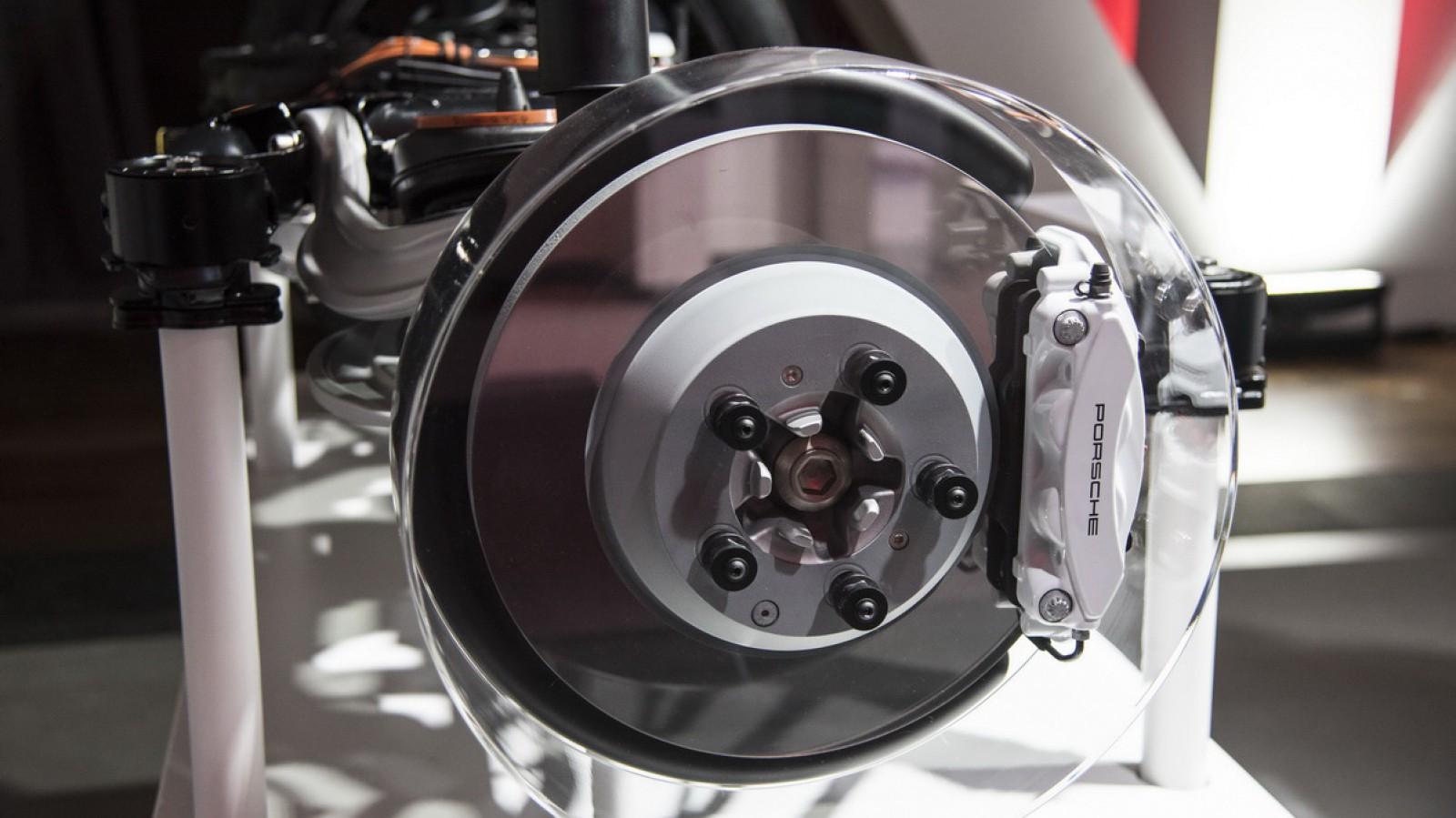 (video) O subdiviziune Bosch a început producţia unor discuri de frână de tip oglindă – iDisc