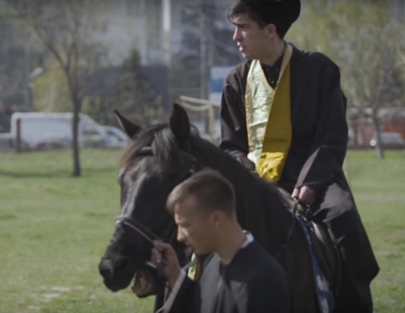 """(video) Parodie marca Zebra Show: """"Instrucţiuni"""" pentru preoți de Paștele Blajinilor"""