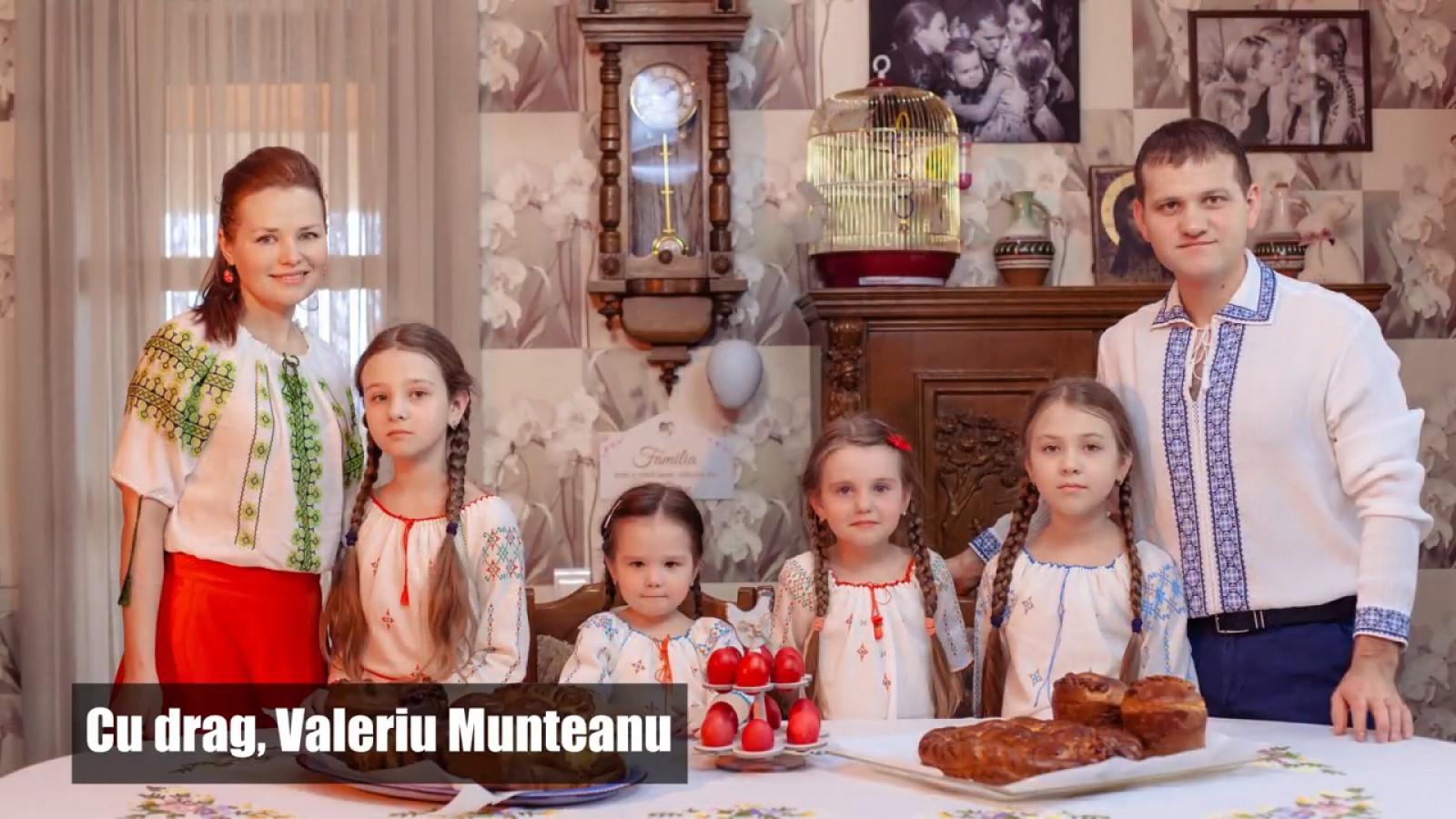 (video) Paștele în familia lui Valeriu Munteanu: Lumina sfântă să ne vindece de invidie și orgoliu