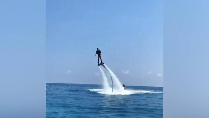 (video) Pe urmele lui Plahotniuc? Constantin Țuțu s-a filmat pe flyboard