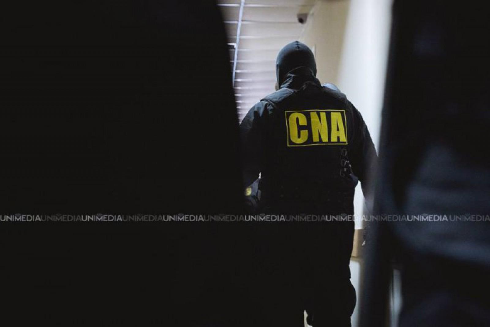 (video) Perchiziții matinale la Primăria Bălți: Cabinetul primarului interimar, Nicolai Grigorișin, asaltat de CNA