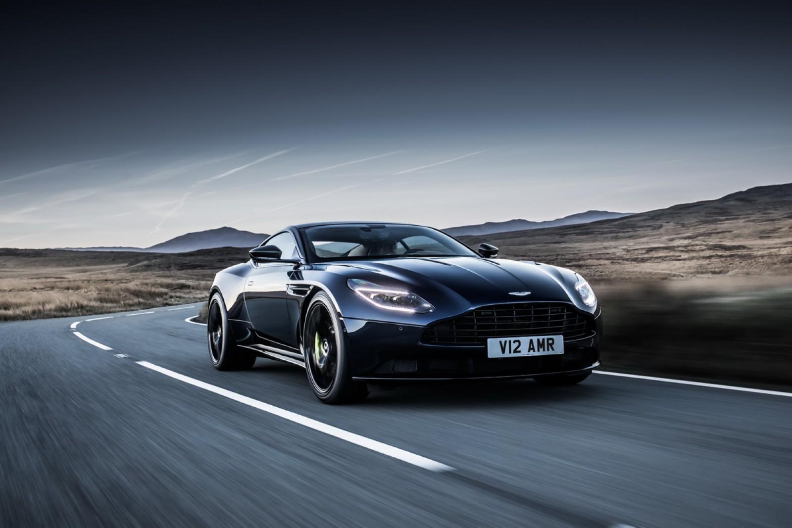 (video) Premieră! Aston Martin înlocuieşte modelul original DB11 cu noul gran turismo DB11 AMR