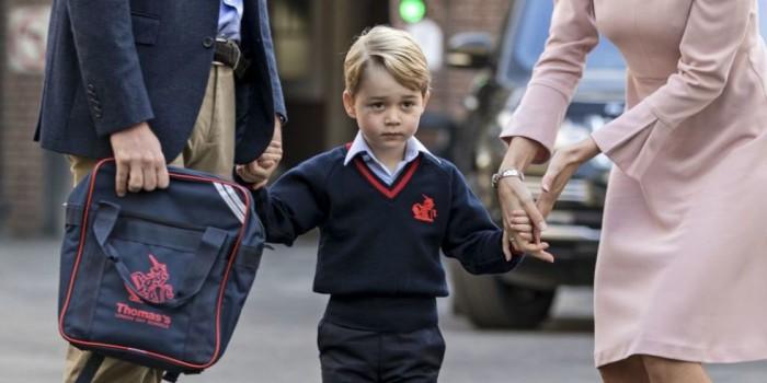 (video) Prințul George a mers prima zi la școală. Director: elevul regal nu va fi tratat în mod deosebit