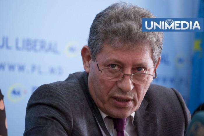"""(video) Stop Cadru: Ghimpu și """"mampaselele"""" lui Lazăr"""