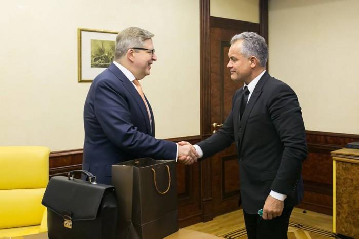 Vlad Plahotniuc s-a întâlnit cu ambasadorul UE în Republica Moldova Pirkka Tapiola: Despre ce au discutat aceștia