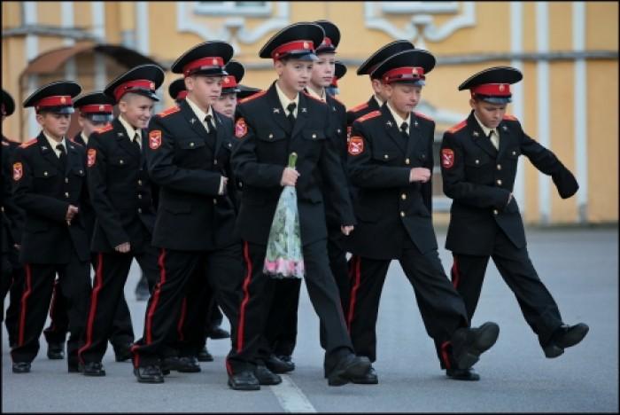 """În regiunea transnistreană ar putea fi înființată Școala Militară """"Suvorov"""""""