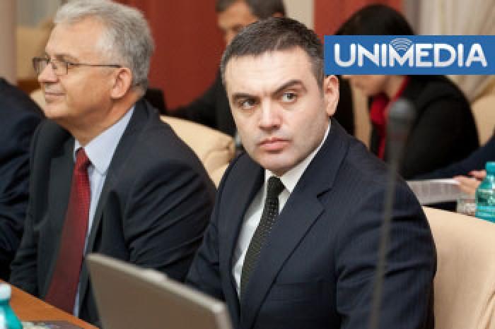 """Înțelegeri politice înainte de numirea lui Chetraru. Streleț: """"L-am votat cu sânge"""""""