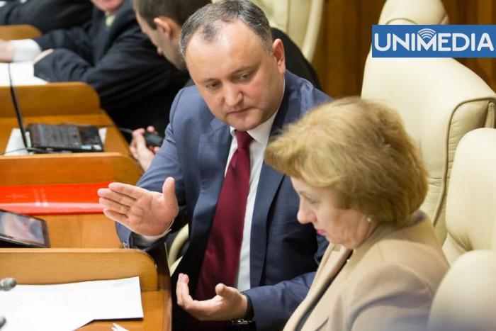 """Întreaga fracțiune PSRM """"pleacă"""" în Duma de Stat a Rusiei"""