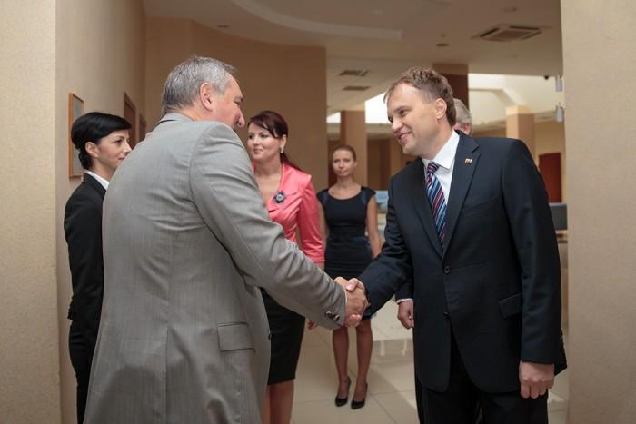 Șevciuk la unison cu Rogozin: La semnarea acordurilor internaționale, Chișinăul să țină cont de opinia Tiraspolului