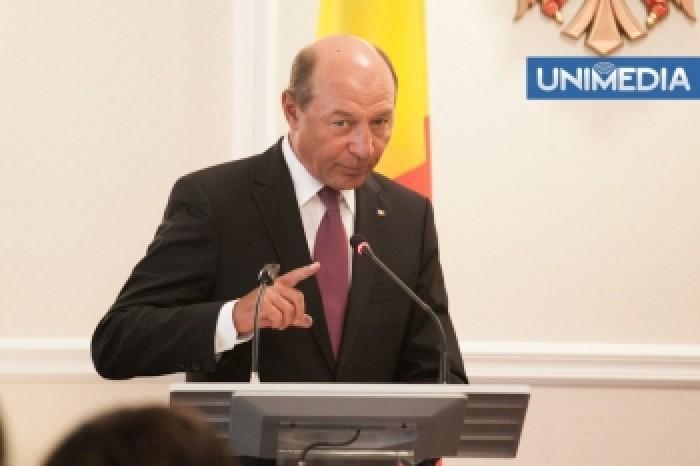 România vrea să crească numărul de burse pentru Moldova, până la 6 000