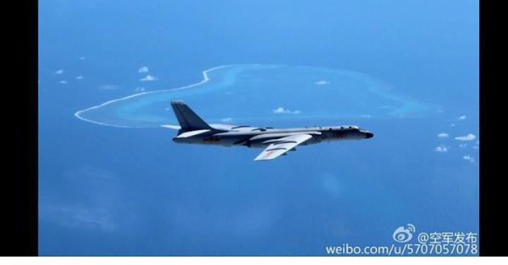 Bombardiere ale forţelor aeriene chineze, în Marea Chinei de Sud