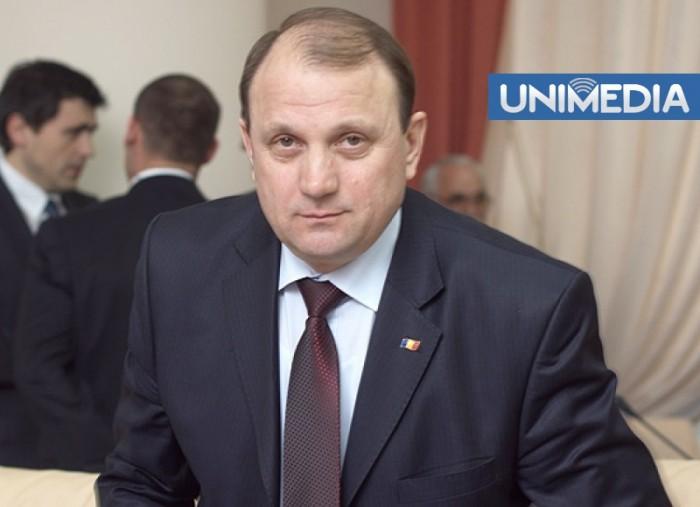 Bumacov este împotriva vânzării terenurilor agricole investitorilor străini