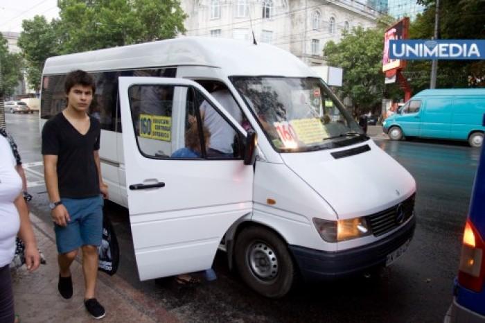 Chirtoacă: Modificările la rutele de microbuz nu sunt bătute în cuie