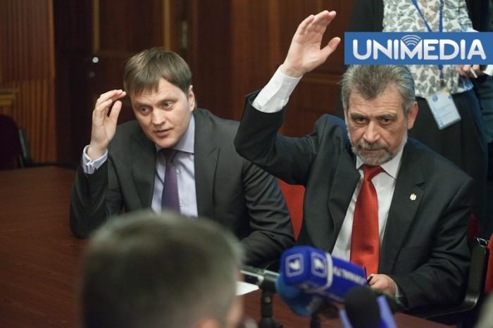 Deputații PLDM vor să readucă problema pașapoartelor sovietice în atenția Guvernului