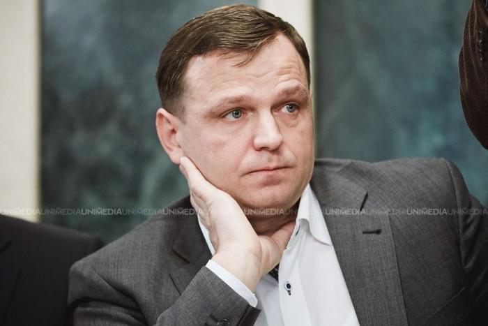 (doc) Andrei Năstase a prezentat la CEC raportul final. Câți bani a cheltuit în campania electorală