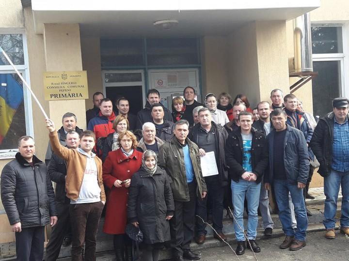 (doc) Unirea, votată în cea de-a 107-a localitate din Republica Moldova. Comuna Pepeni și-a manifestat dorința de a se uni cu România