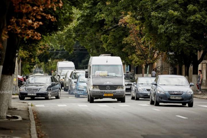 Două rute de autobuz și două de microbuz își vor modifica itinerarul. Care sunt noile trasee
