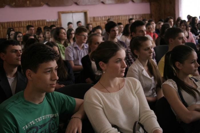 (foto) 2000 de elevi au discutat cu experți din domeniul IT despre perspectivele de carieră
