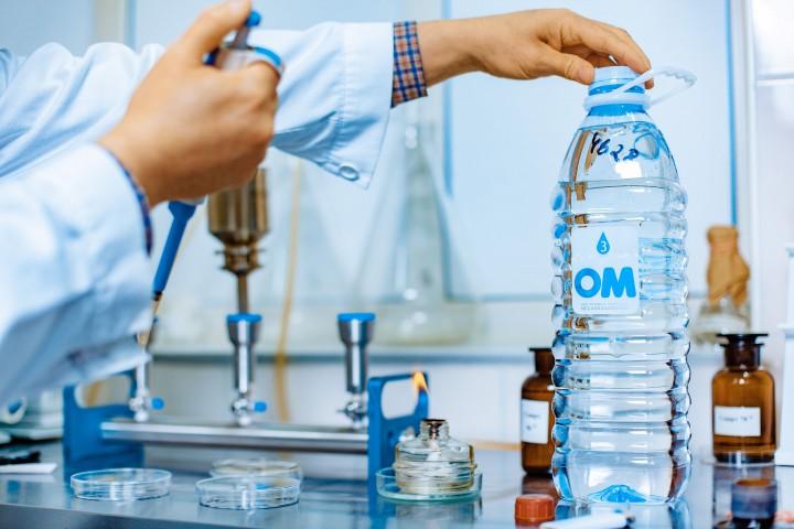 (foto) Laboratorul Rusnac-MoldAqua, în topul celor mai bune 3 din Europa