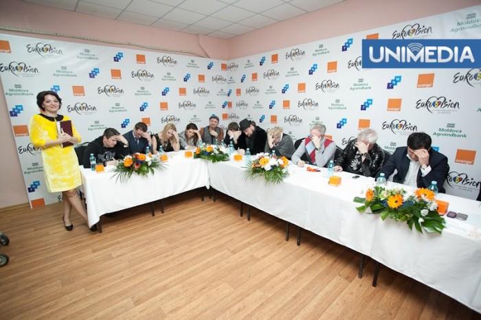 FOTO: Membrii juriului Eurovision 2013, puși la grea încercare
