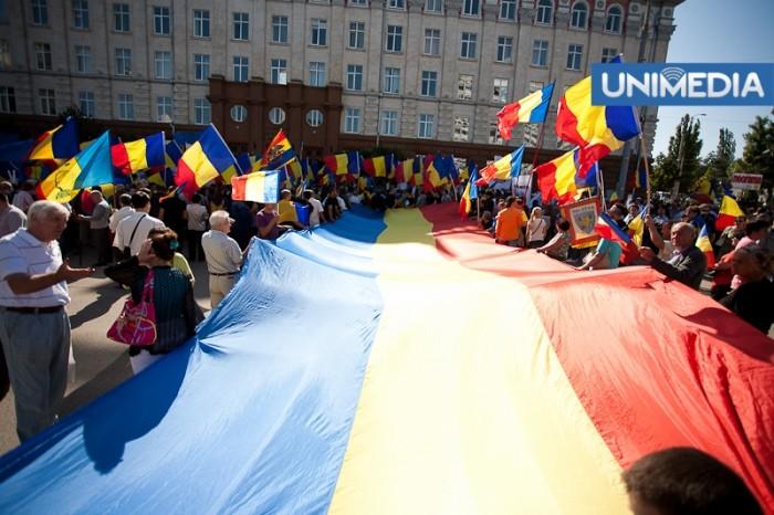 FOTOREPORTAJ: Marșul Unirii de la Chișinău, în imagini