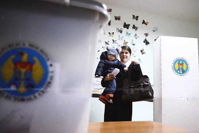 Update: Moldovenii votează mai pasiv! Prezența la vot în 2016, mai mică cu 14% decât în 2010