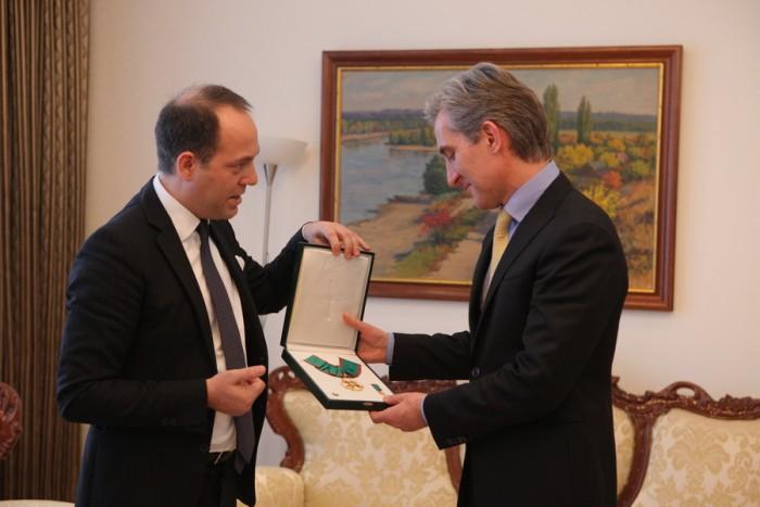 """Iurie Leancă a primit titlul de Comandor al Ordinului """"Meritul Republicii Italiene"""""""