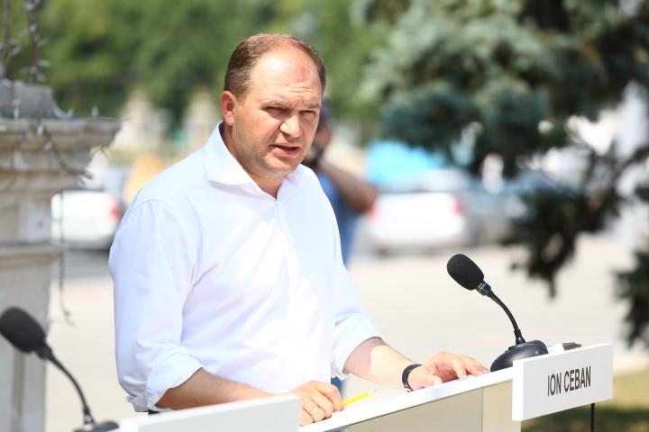 (video) A patra zi de dezbateri: Ion Ceban față în față cu alegătorii