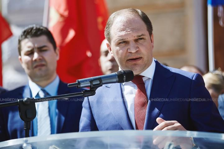 """(live) Candidatul PSRM, Ion Ceban, într-o conferință de presă: """"Construcțiile ilegale și neglijența autorităților"""""""