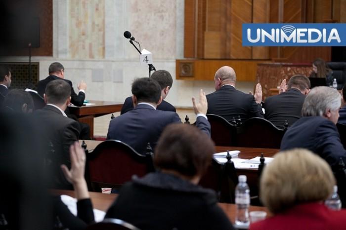 LIVE: Parlamentul dezbate cea de-a doua moțiune de cenzură împotriva Guvernului