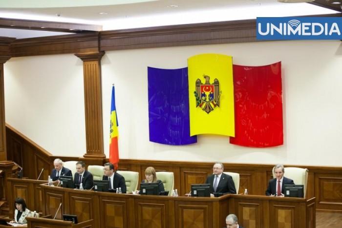 LIVE: Parlamentul dezbate moțiunea de cenzură asupra activității Guvernului