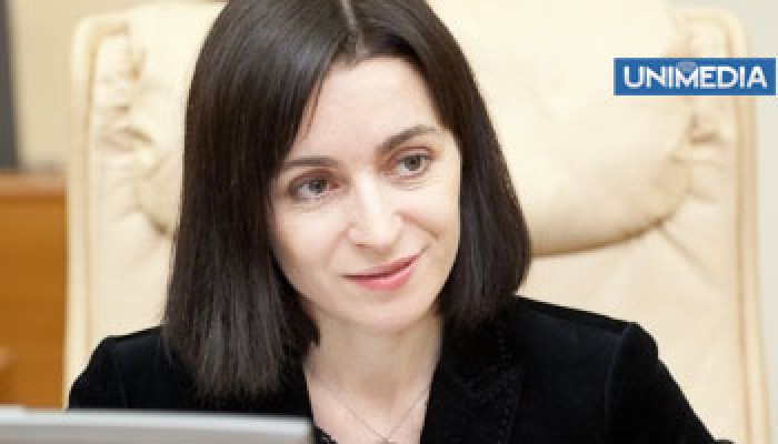 Maia Sandu fuge de presă