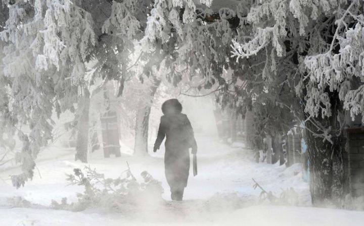 O fotografie surprinsă la -60 de grade Celsius a devenit virală; Decembrie 2017 a doborât un record în Rusia