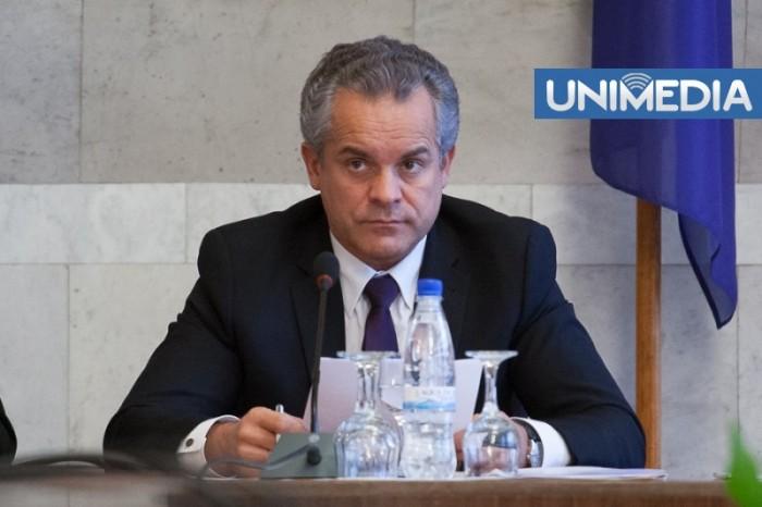 """(video) Plahotniuc spune că îl așteaptă pe Filat în Parlament pentru """"reconfirmarea"""" în funcția de prim-ministru"""