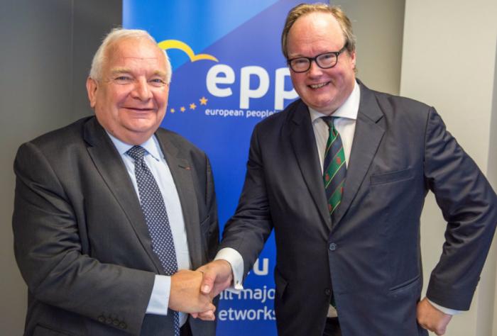 Președintele Partidului Popular European: Doar un președinte pro-european va fi în măsură să asigure prosperitatea Republicii Moldova