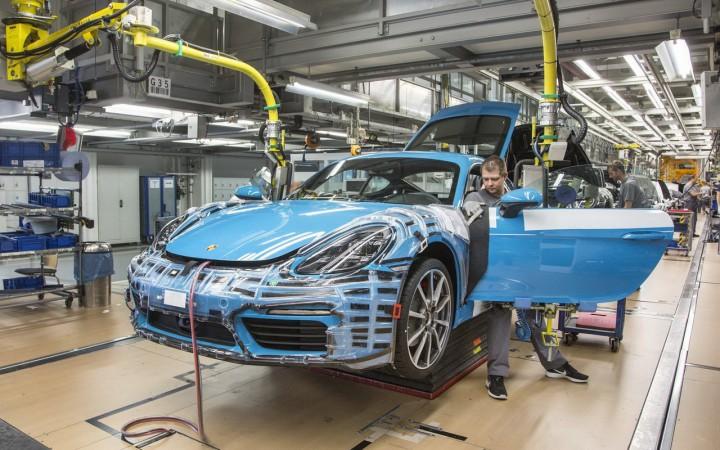 Profit record – prime record! Porsche continuă să-şi stimuleze angajaţii cu bonusuri de mii de euro