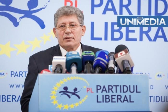 """Tensiunile între liberali continuă: """"Reformatorii"""", înlocuiți la nivel local"""