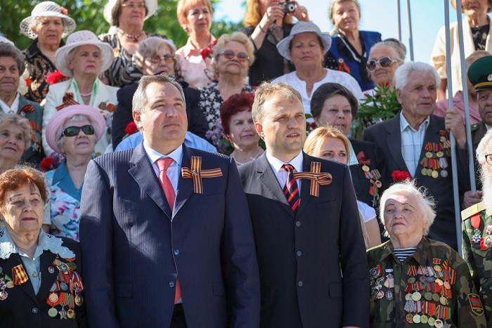 Rogozin sărbătorește 9 mai cu oficialii transnistreni