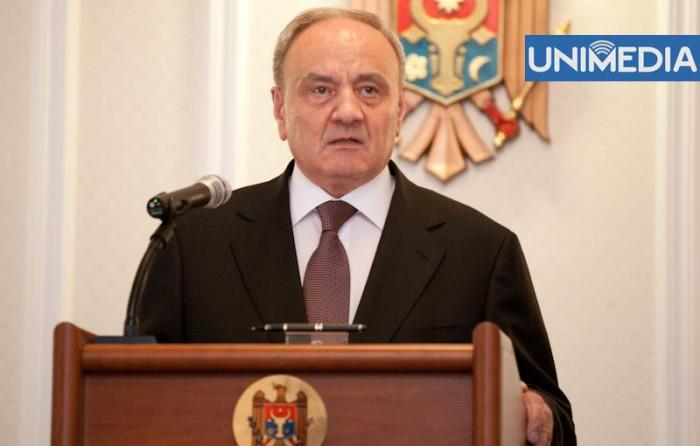 Curtea Constituțională amână interpretarea neutralității Republicii Moldova, la solicitarea lui Timofti