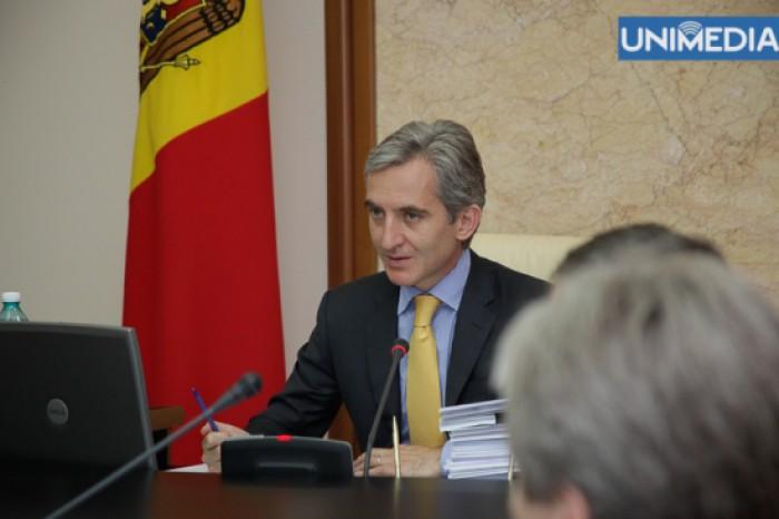 (video) Guvernul Leancă își asumă răspunderea pe un pachet de legi