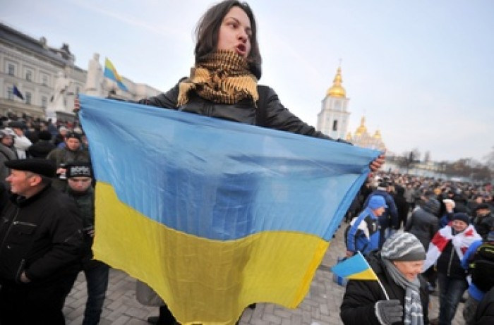 Un grup de protestatari a vandalizat clădirea Primăriei din Kiev