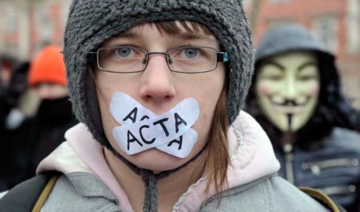 UNIMEDIA și Privesc.EU: Cerem stoparea modificării legislației pentru cenzurarea Internetului și organizarea dezbaterilor publice