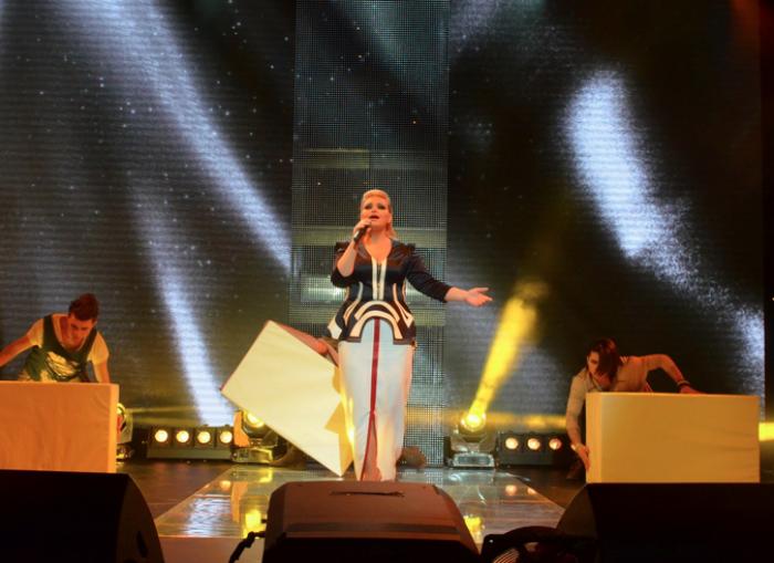 (video) Concurenta cu nr. 10 la Eurovision, etapa națională: Cristina Scarlat