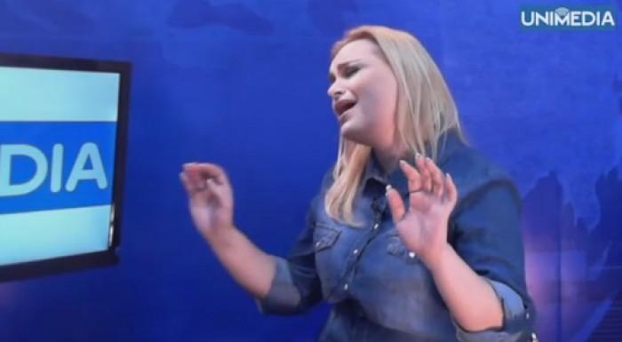 (video) Cristina Scarlat a cântat live în platoul UNIMEDIA